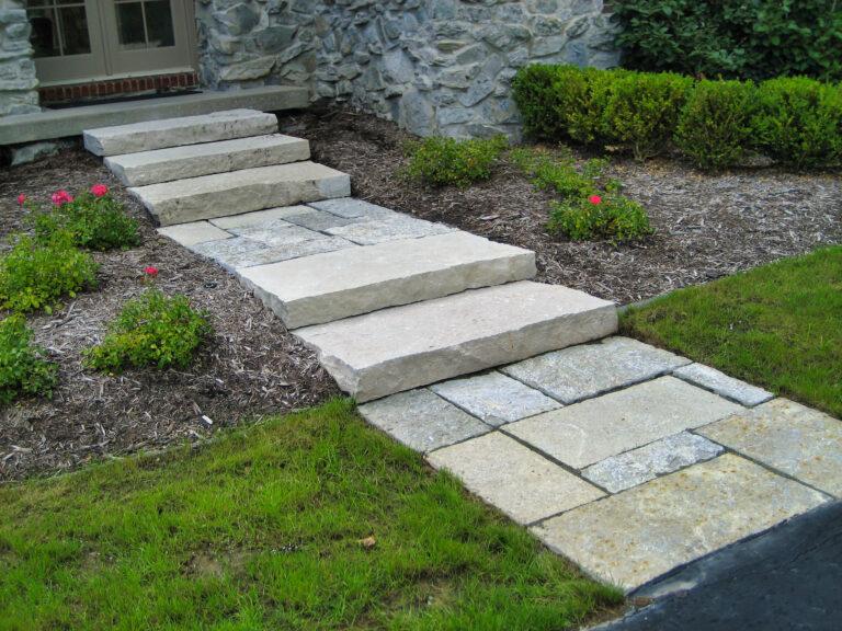 Limestone_Hardscape_Path