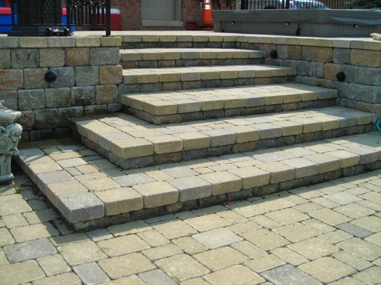 Paver_Stairs_Hardscape_porch