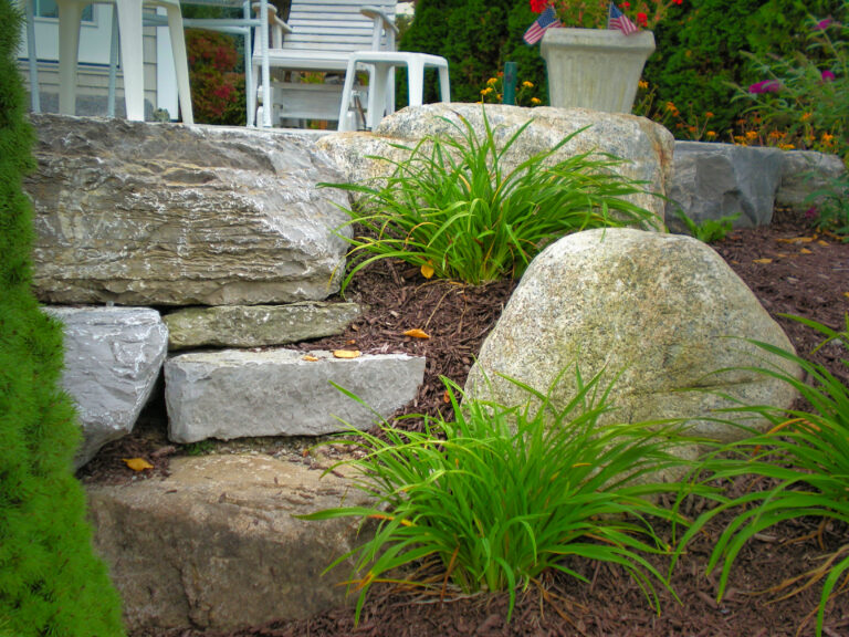 Perennial_Garden_and_hardscape